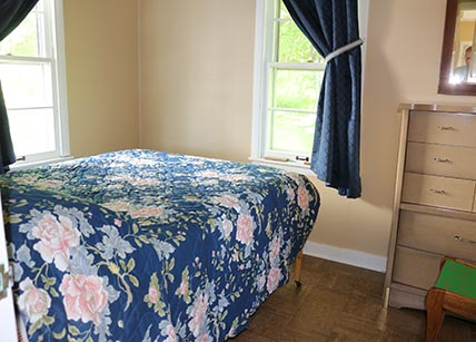 This Cottage Has Two Bedrooms Each With A Full Sized Bed, Living Room With  A Futon, Kitchen With Refrigerator, Freezer Gas Range And Oven, Coffee Maker,  ...
